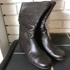 Cute vintage leather boots